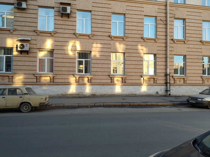Что солнце написало? Фото на тапок, Фотография, Город, Руны, Санкт-Петербург