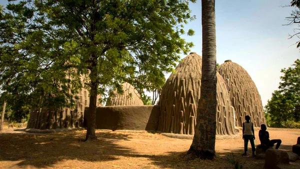 Мусгум: племя из Камеруна, которое создавало уникальные шедевры зодчества Мусгум, Толека, Хижина, Архитектура, Племена, Африканские племена, Традиции, Обычаи, Видео, Длиннопост