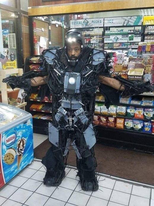 Новый костюм Старка - убийца богов