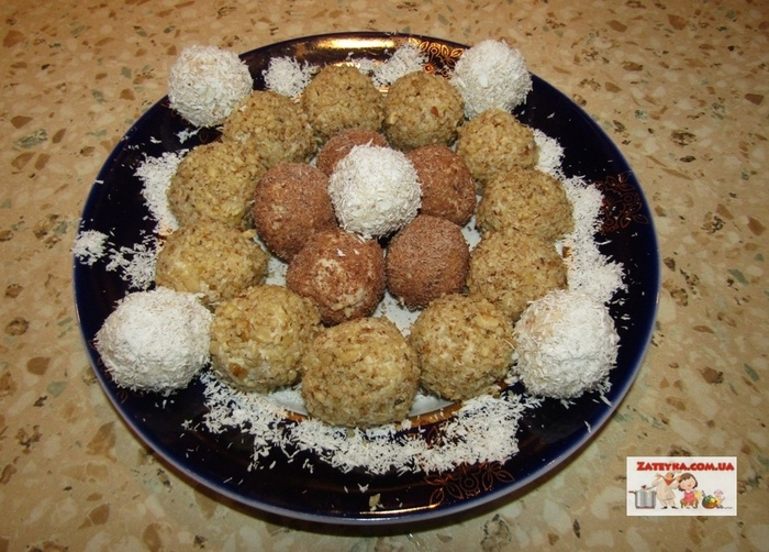Творожные конфеты с печеньем и грецкими орехами Кулинария, Видео рецепт, Конфеты, Блюда из творога, Десерт, Видео, Длиннопост, Рецепт