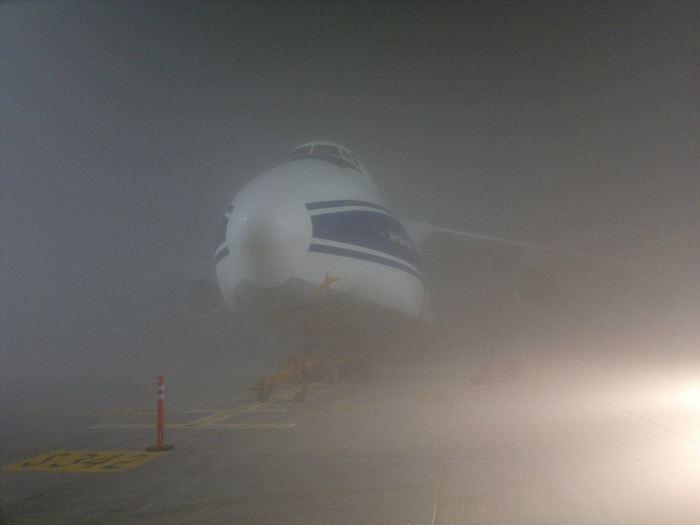 """""""— Лошадь! — позвал ёжик"""" Авиация, Фотография, Туман, Самолет"""