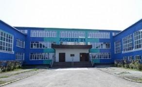 В Первоуральске старшеклассница спрыгнула с крыши школы Школа, Суицид, Суицидник, Негатив, СМИ