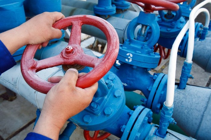 Россия запретила экспорт нефти на Украину Политика, Украина, Беларусь, Нефть, Петр Порошенко, Коломойский, Россия