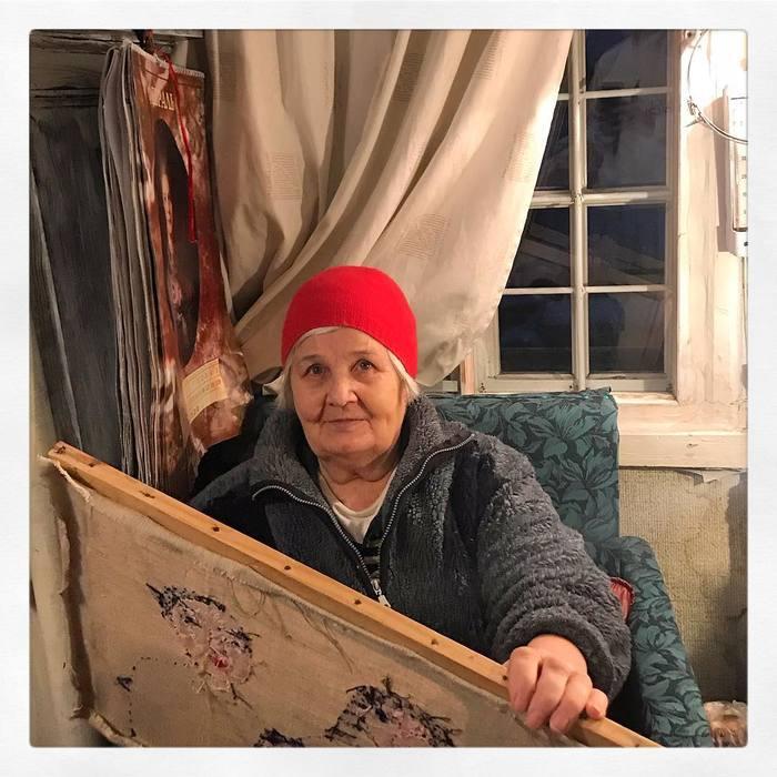 Вышивка известных картин помогает Юлии Алешичевой примириться со слабоумием Рукоделие, Картина, Художник, Бабушка, Длиннопост