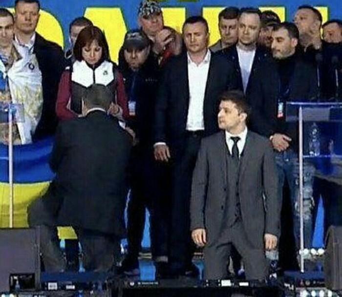 Коротко о дебатах в Украине Дебаты, Украина, Петр Порошенко, Владимир Зеленский, Политика
