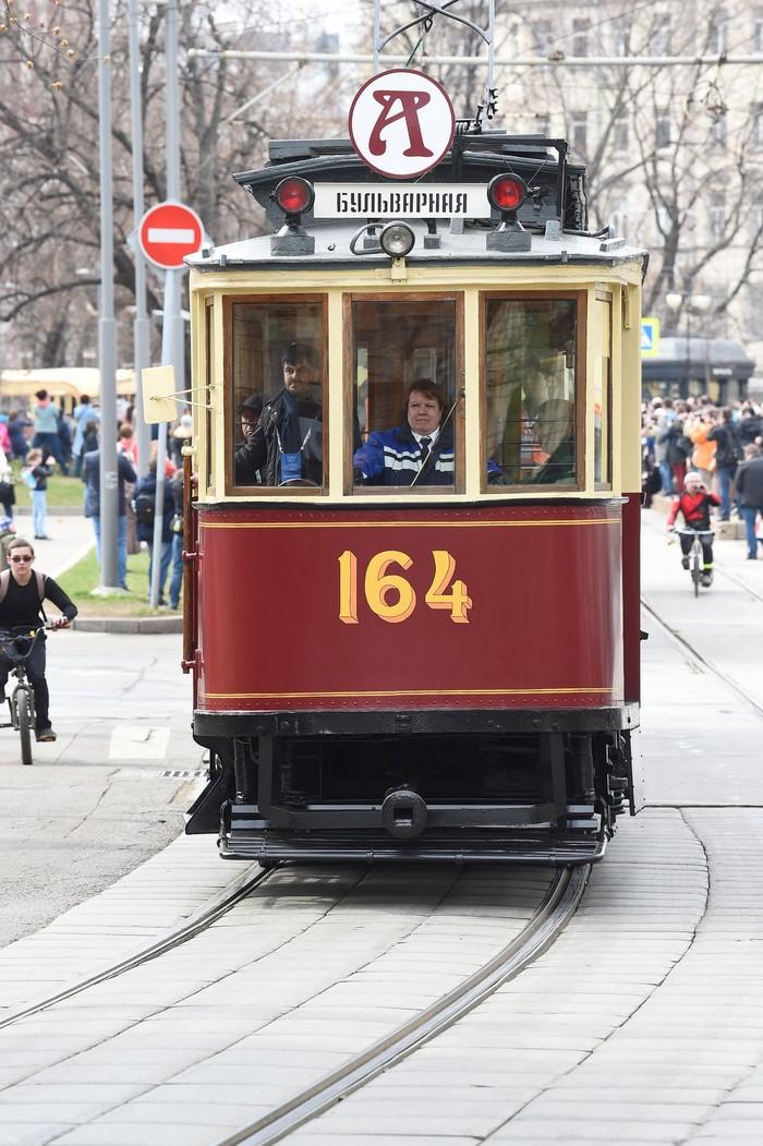 Проезд трамваев на парад Фотография, Nikon, Трамвай, Длиннопост