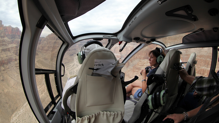 Пролетая над Гранд- Каньоном Вертолет, Гранд коньон, США, Отпуск, Америка, Плотина Гувера, Длиннопост