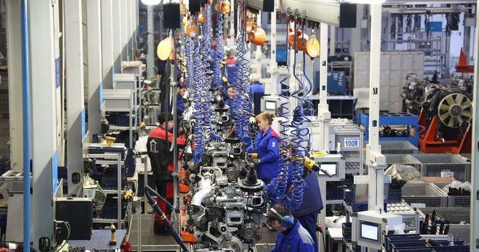 Цех стыковки двигателя Р6 завода двигателей ПАО «КАМАЗ» (фоторепортаж) Камаз, Завод, Двигатель, Двигатель Р6, Завод двигателей, Производство, Автопром, Длиннопост