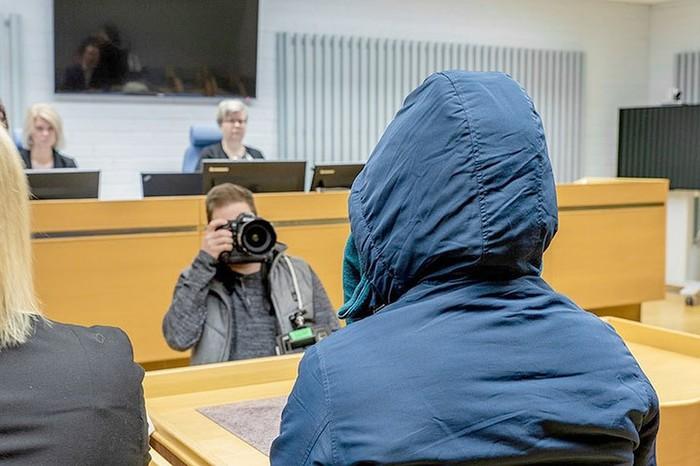 Финский суд рассматривает дело об изнасиловании мигрантами несовершеннолетней девочки Мусульмане, Средняя Азия, Преступление, Финляндия, Негатив, Суоми