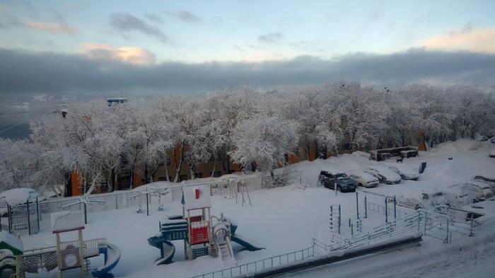 После пурги утро 26.04 Камчатка, Снег, Пурга, Апрель