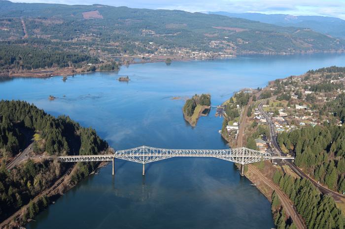 Как сто лет назад строили мосты Мост, Строительство, Строители, Техника безопасности, Высотные работы, Орегон, США, Видео, Тогда и сейчас