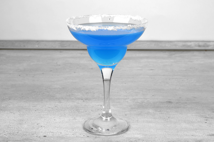 """Коктейль-аперитив """"Голубая Маргарита"""" Алкоголь, Коктейль, Бар, Рецепт, Длиннопост, Маргарита, Текила"""
