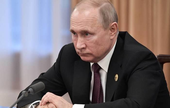 Путин: Россия думает об упрощенном порядке предоставления гражданства всем украинцам Политика, Путин, Украина, Гражданство, Предоставление гражданства, Длиннопост