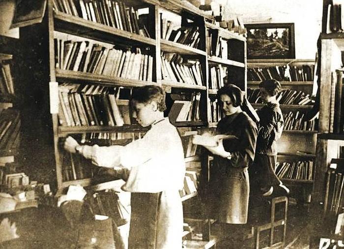 Книги - лучшее что есть Книги, Малыгин, Библиотека, Макулатура, Дюма, Энциклопедия, Ростов-На-Дону, Читальный зал, Длиннопост