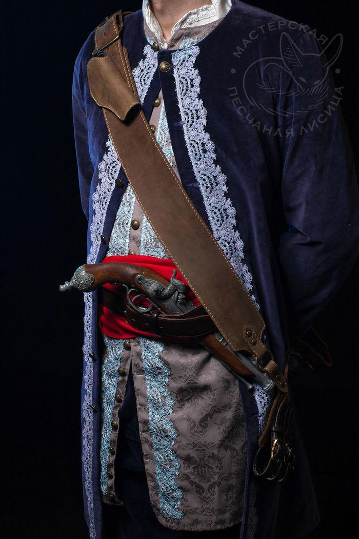 Комплект: пиратская перевязь для клинка с кобурой под пистоль и треуголка. Ручная работа, Шляпа, Кожа, Своими руками, Длиннопост, Треуголка, Рукоделие без процесса, Перевязь
