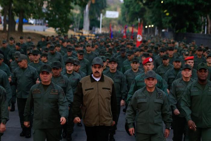 Мадуро вместе с военными прошел маршем по Каракасу Политика, Венесуэла, Армия, Военные, Николас Мадуро, Марш, Tvzvezdaru, Каракас, Видео, Длиннопост