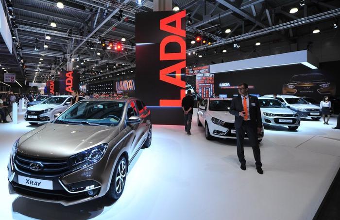 АВТОВАЗ впервые за 10 лет получил чистую прибыль Автоваз, Лада, Авто, Авторынок