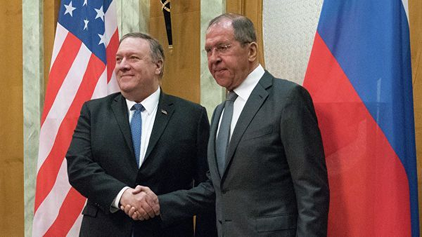 Помпео призвал Россию взять на себя инициативу по урегулированию в Донбассе Украина, Россия, США, Америка, Политика, Донбасс, Война, Новости