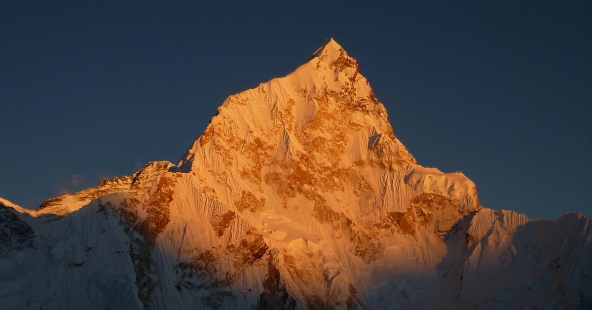 имеет картинки вершины горы эверест необходимые