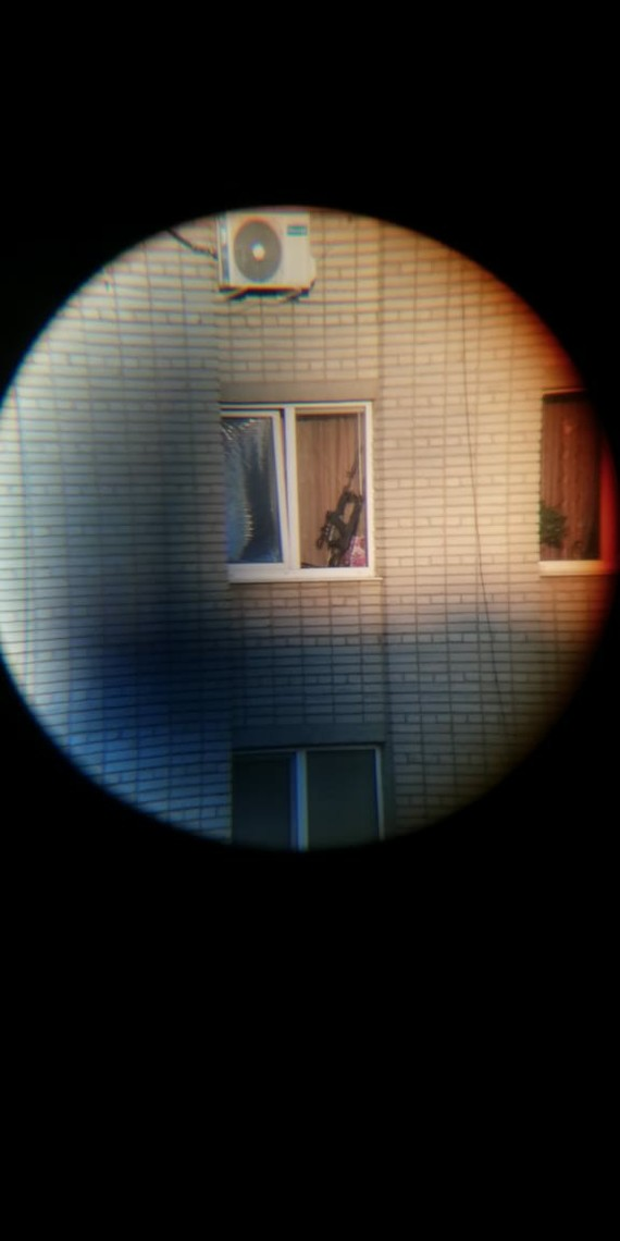 Курю на балконе, смотрю вдаль... Зум, Соседи, Длиннопост
