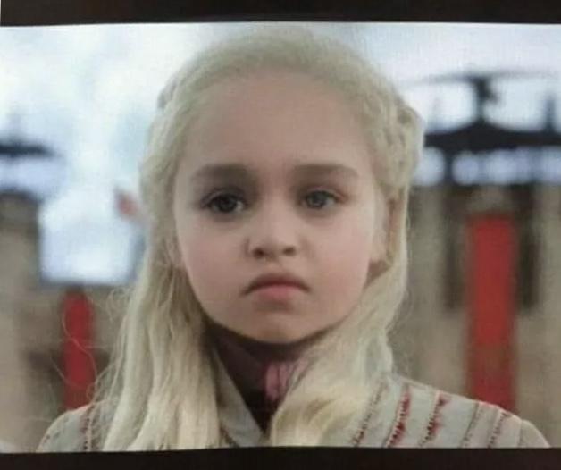 Baby filter на героях из Игры Престолов Игра престолов, Snapchat, Смешное, Длиннопост, Эмилия Кларк