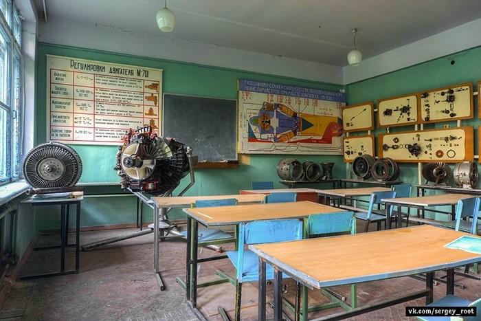 Заброшенное авиационное лётно-техническое училище в Калуге Калуга, Училище, Длиннопост, Заброшенное
