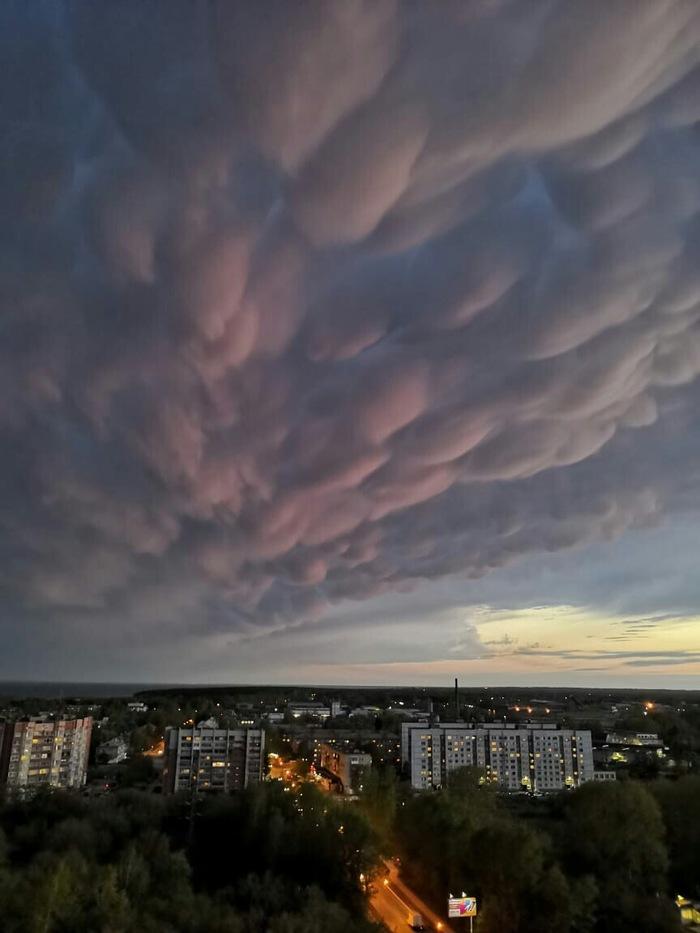 Мамматусы и огненный закат Новосибирск, Облака, Мамматусы, Закат, Обьгэс, Фотография, Длиннопост
