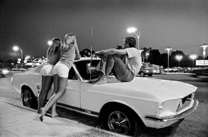 Ван-Найс, пригород Лос-Анджелеса, Калифорния.  1972