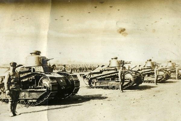 Как французы служили японцам Танки, Бронетехника, Историческое фото, Война, Манчжурия, Длиннопост, Япония
