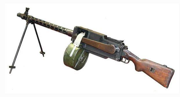 Опытный ручной пулемет Максима-Токарева (МТ) Оружие, Советское оружие, Пулемет максима-токарева, Пулемет мт, Длиннопост