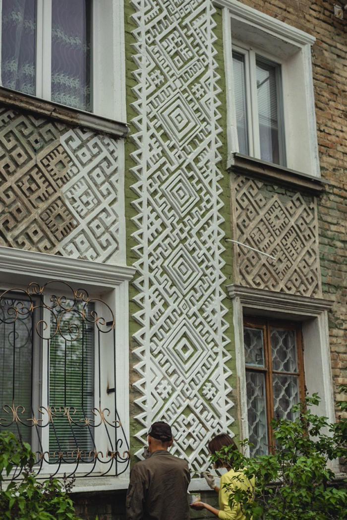 Каменные вышиванки Архитектура, Резьба