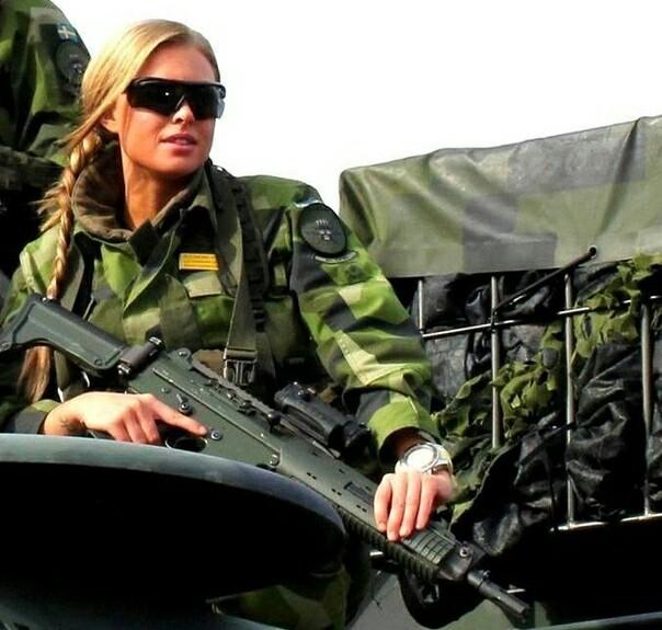 Герцогиня Мадлен Терезия Амелия Йозефина, на службе в армии Принцесса Швеции