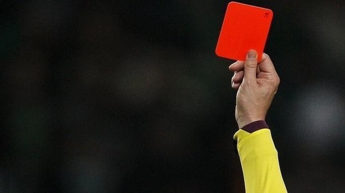 ЭТО НЕ ПОВТОРИТЬ НИКОМУ  ТРИДЦАТЬ ШЕСТЬ КРАСНЫХ КАРТОЧЕК ЗА МАТЧ Футбол рекорд, Красные карточки, Нарушение, Драка, Наказание