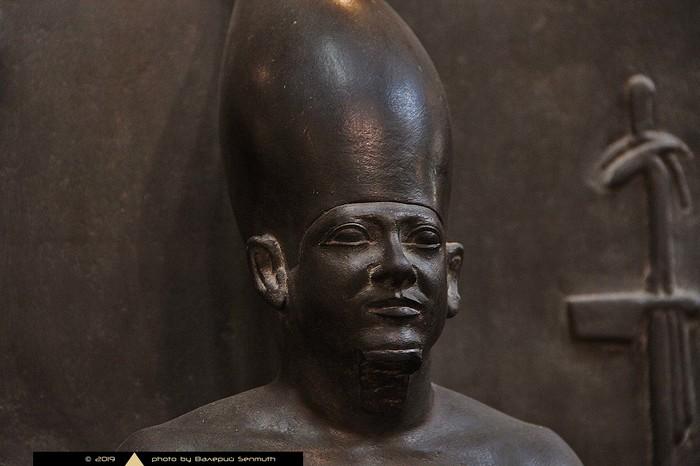 Четвертая пирамида Гизы и загадочная царица Древнего Царства Древний Египет, Мастаба, Гиза, Пирамида, Видео, Длиннопост