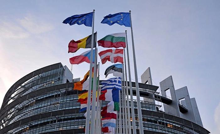 EUObserver (Бельгия): в культурных войнах Европы столкнулись ангелы и демоны Политика, Ценности, ЛГБТ, Евросоюз, Европа, Россия, Длиннопост