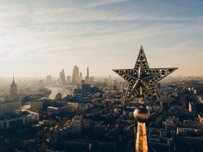Звезда на площади Восстания