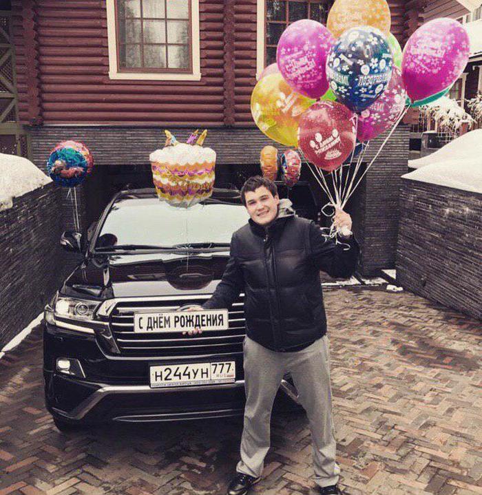 Сын экс-сенатора Совфеда Амира Галлямова специально сбил инспектора полиции в Москве. Негатив, ГИБДД, ДТП, Полиция, Новости, Видео