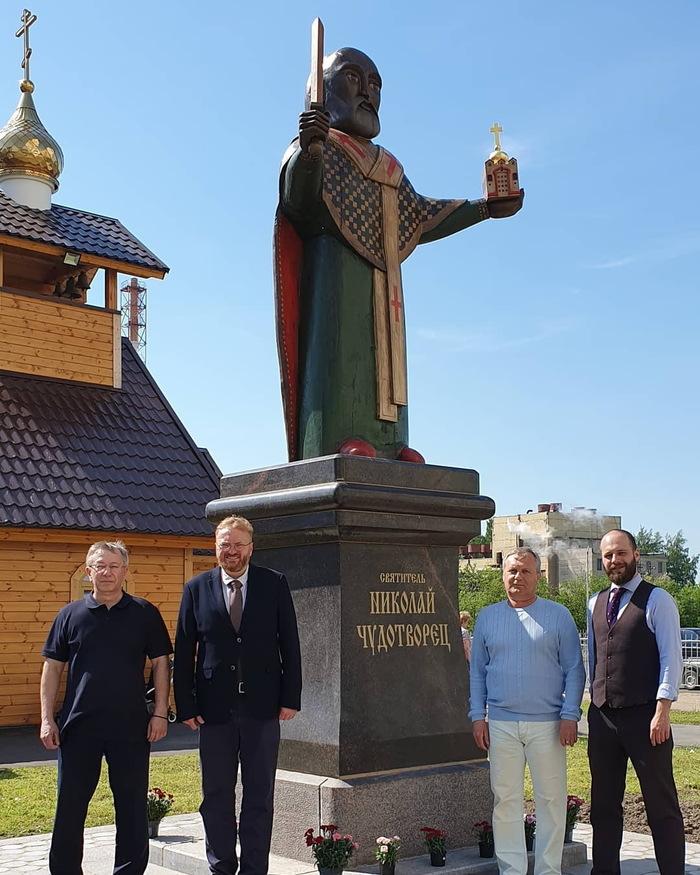 Милонов открыл скульптуру Николая Чудотворца в Шушарах Милонов, Памятник, Санкт-Петербург, Шушары