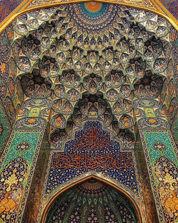 Михраб центральной мечети, Маскат, Султанат Оман