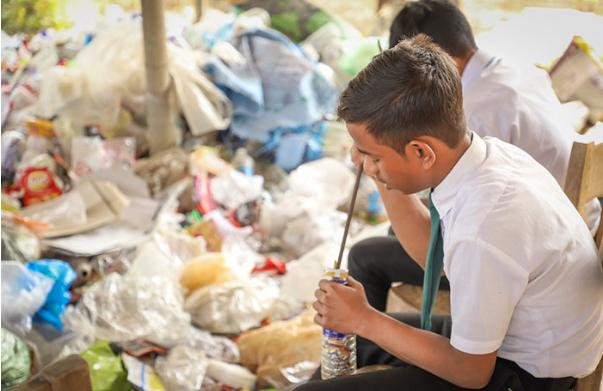 Сдал пластик на переработку — оплатил обучение в школе Индия, Пластик, Мусор, Экология, Образование, Длиннопост
