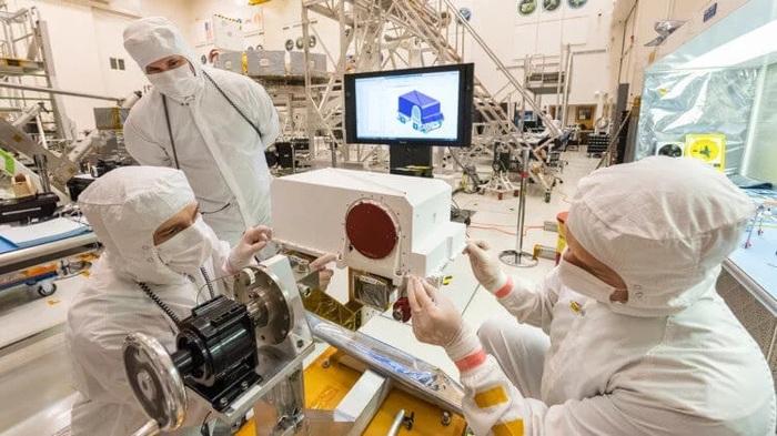На марсоход «Марс-2020» установили цветную стереоскопическую HD-камеру Технологии, NASA, Марс, Марс-2020, Камера, Mastcam-z, Космос