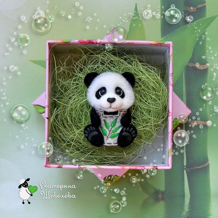 """Брошь """"Модная панда"""" Панда из шерсти, Брошь панда, Панда, Сухое валяние, Рукоделие без процесса, Броши из шерсти"""