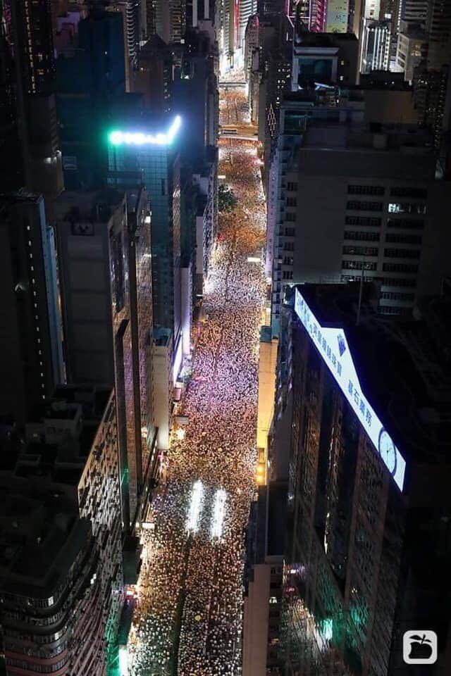 Гонконг, митинг, видео с применением газа. Гонконг, Митинг, Протест, Китай, Видео, Длиннопост
