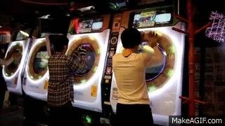 Ритм игра от Sega-танцы с бубном Компьютерные игры, Музыка, Азия, Ритм-Игра, Аркада, Азиаты, Видео, Гифка