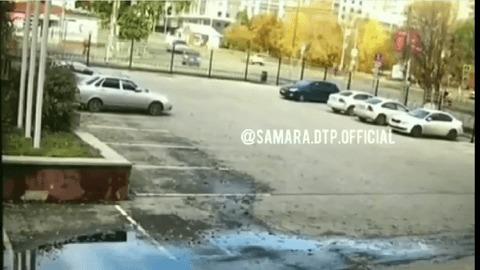 Автоледи в Самаре перепутала педали