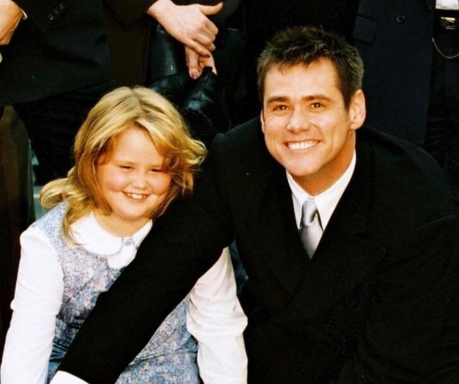 Джим Керри со своей дочкой Джейн, 1987, 1995 и 2019 год Джим Керри, Актеры, Знаменитости, Фотография, Родители и дети, Тогда и сейчас, Длиннопост