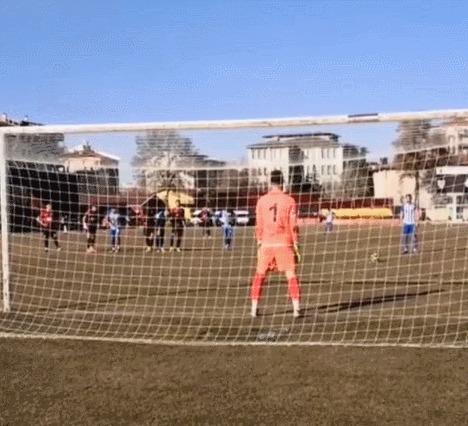 Уникальный эпизод из турецкого футбольного подземелья Спорт, Футбол, Турция, Пенальти, Сейв, Гифка, Длиннопост