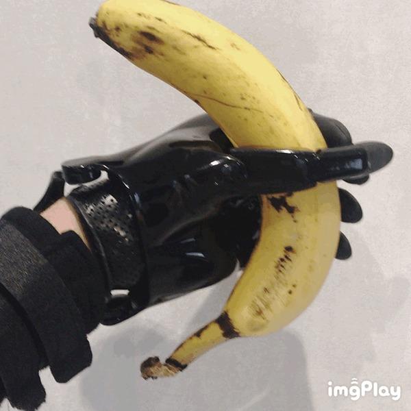 Вся правда о современном протезе, что им можно делать, а чего нельзя Протез, Технологии, Вопрос, Киберпанк, Медицина, Видеоблог, Видео, Гифка, Длиннопост
