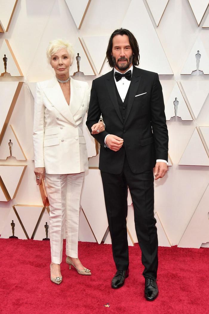 Киану Ривз пришел на Оскар с мамой