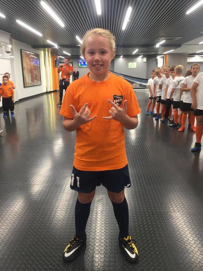 Капитана детской мини-футбольной команды из Екатеринбурга отказались допустить к соревнованиям, потому что она девочка